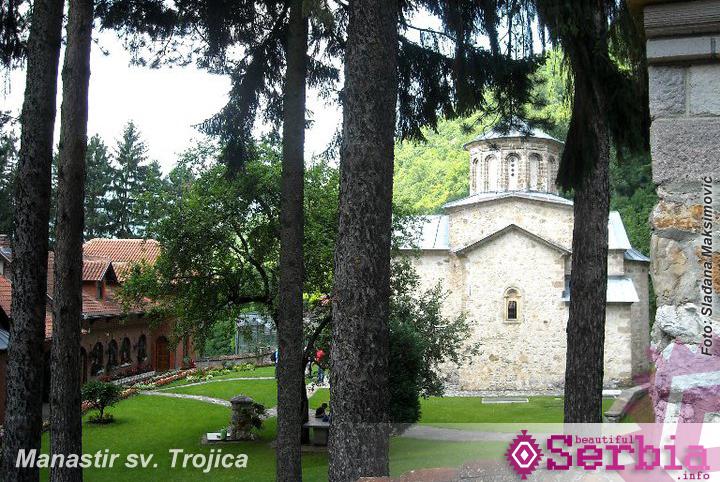sv.trojica manastir klisura Ovčarsko – Kablarska klisura
