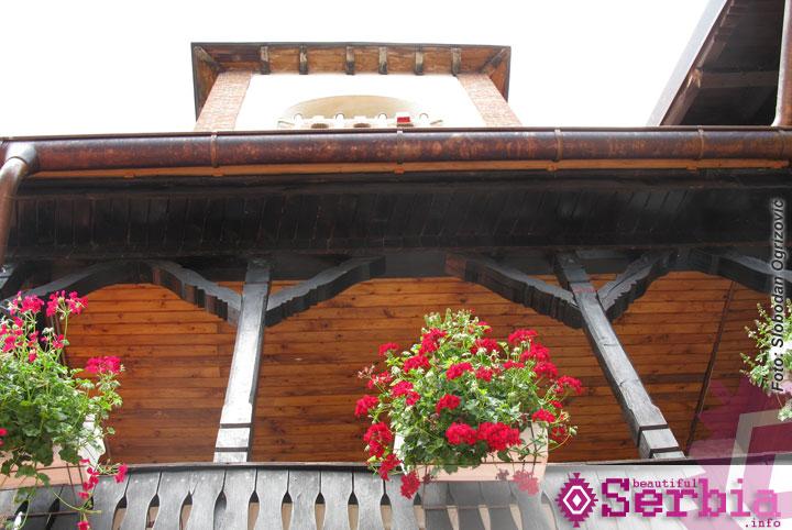 manastir Lelic detalj Beograd   planina Tara, leto dvehiljadedeseto (peti deo)