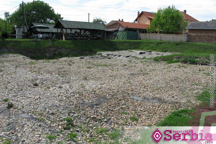 Vinca iskopine Vinča, u predvorju Beograda