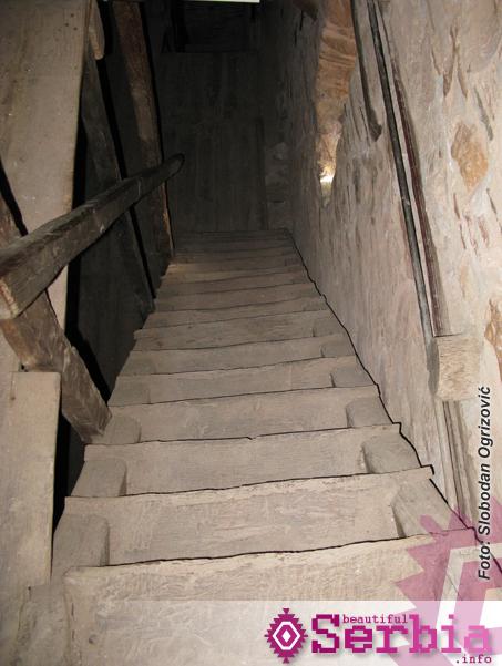 stepenice pirg sv save2 Hilandar