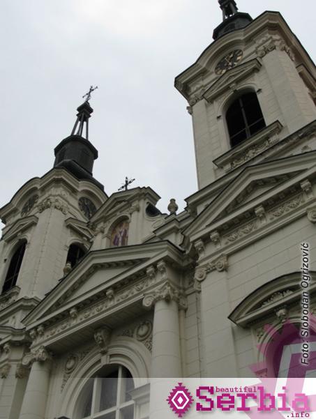 sremski karlovci crkva Sremski Karlovci