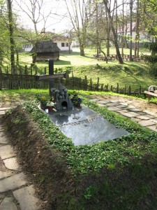 Brankovina Desankin grob 225x300 Ваљево, Бранковина, манастир Каона