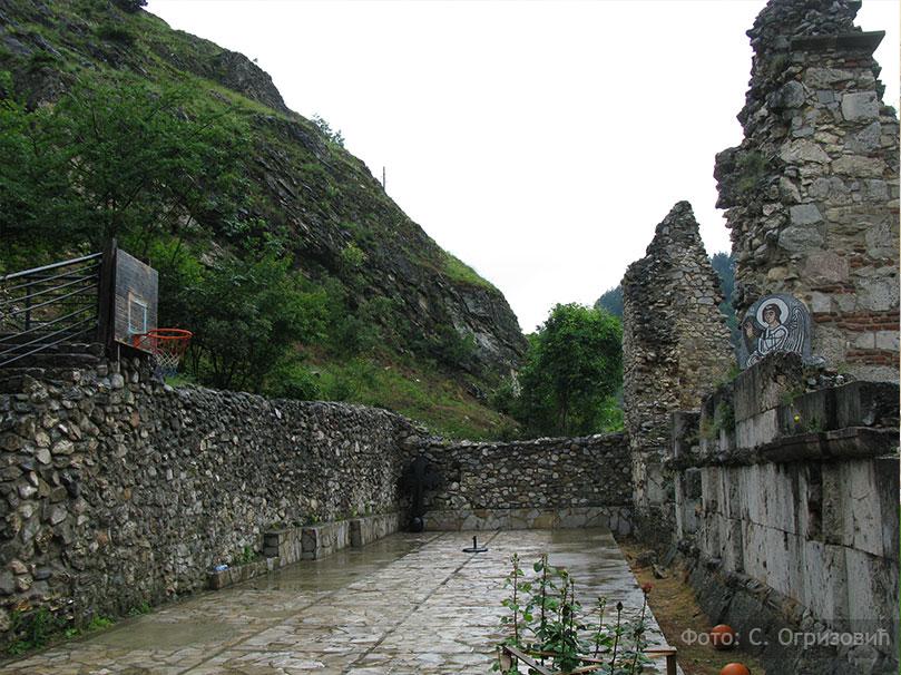 """prizren manastir kos Косово и Метохија 2016: """"Зеница ока мога гнездо је лепоти твојој"""""""